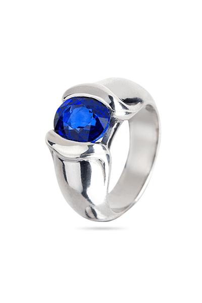 Srebrni prsten s plavim cirkonom