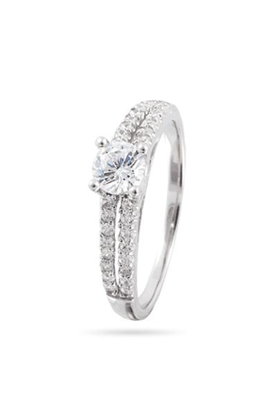Zaručnički prsten od srebra optočeni soliter